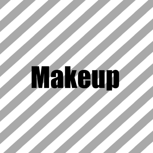 💄FREE GIFT with ALL Makeup Purchases!💄